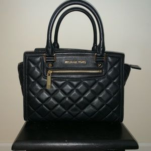 MICHAEL Michael Kors Bags - Black quilted MICHAEL KORS purse